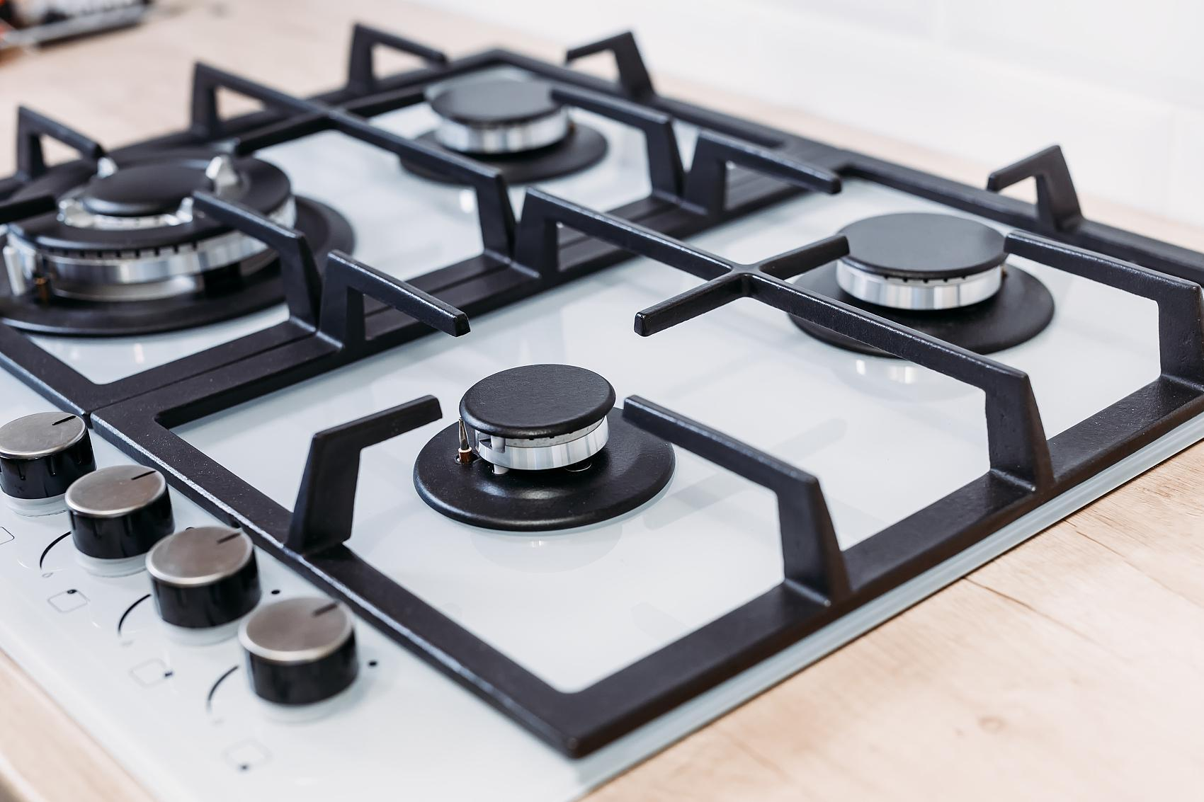 How to install a gas hob?