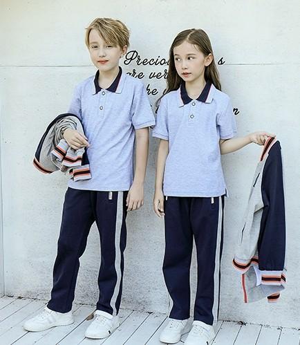 学校 Polo 衫搭配飞行员夹克和裤子套装