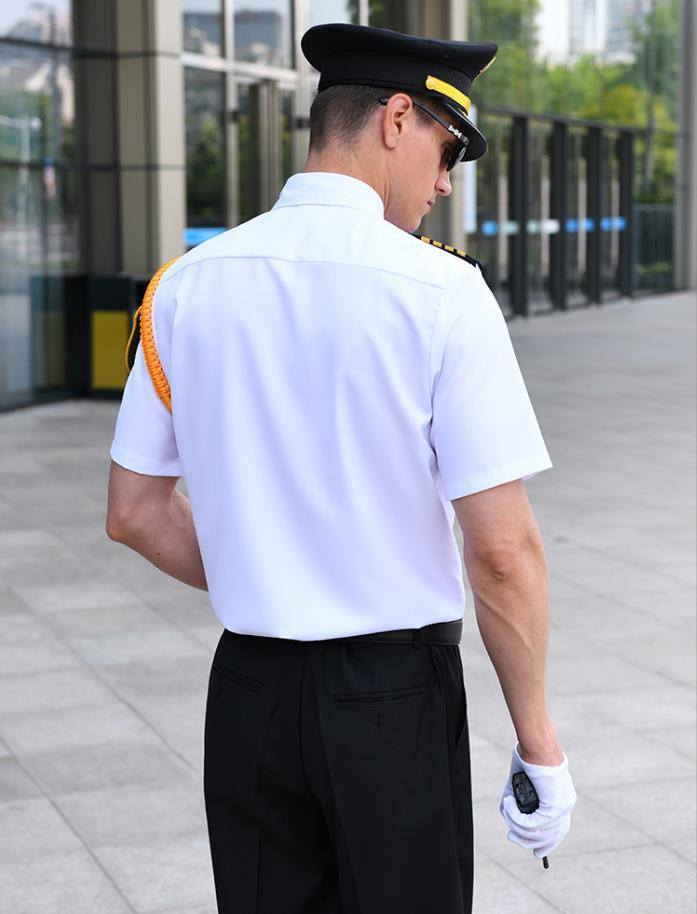 飞行员衬衫