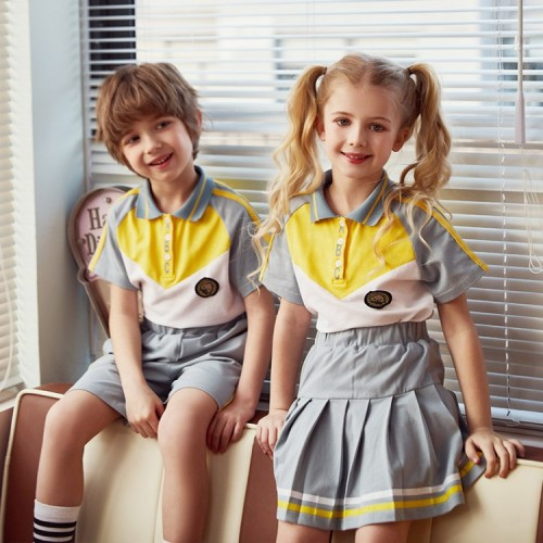 批发高品质时尚夏季短袖男女童制服