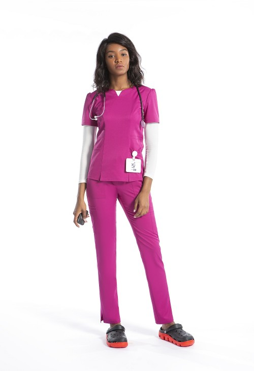 女式磨砂制服套装 缺角 V 领磨砂上衣和修身裤  批发时尚护士制服