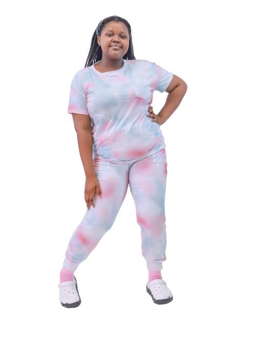 女士彩色扎染磨砂膏 | 4 向弹力短袖加大码磨砂上衣和慢跑裤 |定制扎染医用磨砂膏