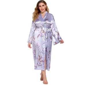 مصنع بالجملة الجلباب طويلة الأكمام للنساء ملابس فضفاضة مريحة من الساتان