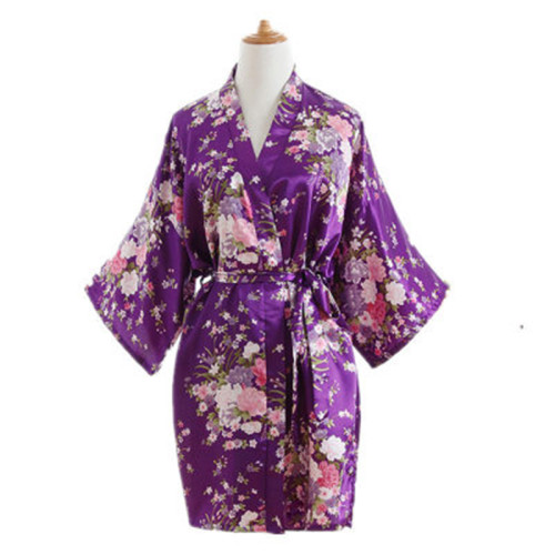 الجملة الشركة المصنعة رداء قصير الأكمام سيدة جميلة الحرير الحرير الجلباب للنساء