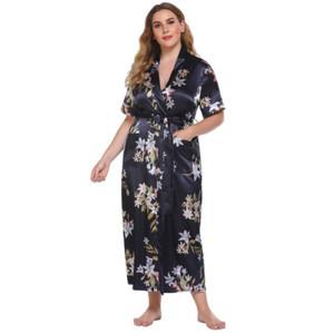 الصانع بالجملة قصيرة الأكمام رداء المرأة عارضة ارتداء رداء حمام متوسط الطول