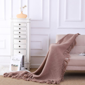ODM Knit Triangle Blanket Wholesale Soft Decorative Knitted Blanket With Tassels