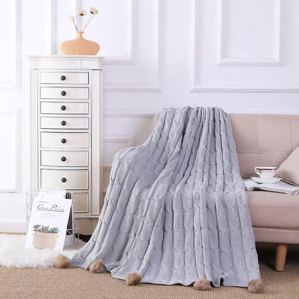 Оптовое трикотажное одеяло из синели с помпонами от китайского поставщика