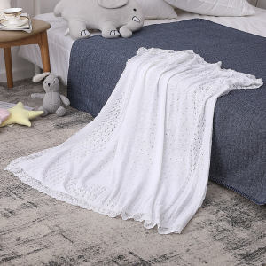 Wholesale Newborn Recyclable Easy Knit Baby Blanket With Lace From Chinese Supplier