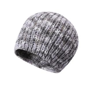 Les dames OEM ont tricoté des chapeaux anti-boulochage en gros simples