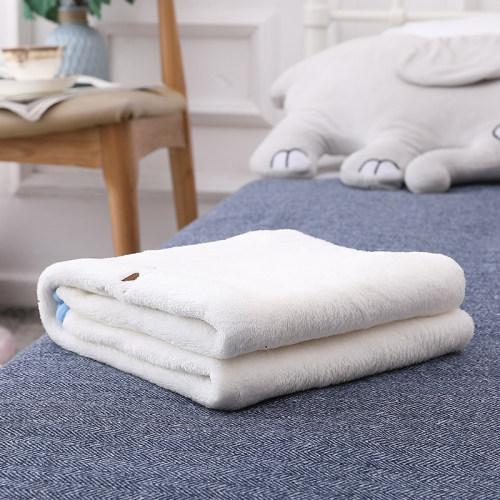 Всесезонное оптовое белое фланелевое флисовое трикотажное одеяло для девочек и мальчиков, пригодное для вторичной переработки