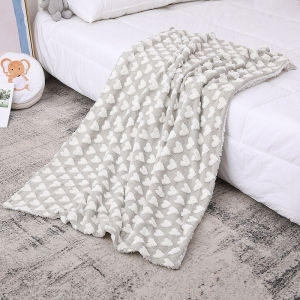 Plush Brown Heart Wholesale Warm Fannel Knitted Baby Blanket