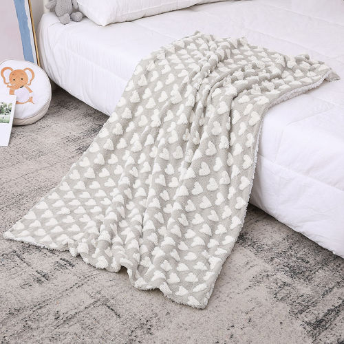 Couverture de bébé tricotée Fannel chaud en gros coeur marron en peluche