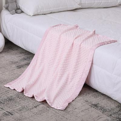 Вязаные детские одеяла оптом двухслойная пунктирная основа с атласным одеялом с приятным принтом