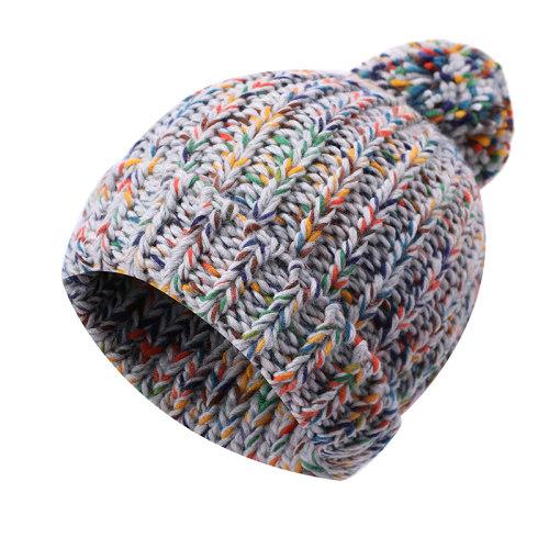 OEM dames tricoté hiver tricoté en gros chapeau bonnet pom pom bonnet épais chaud anti-boulochage chapeau