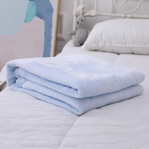 Фланелевое детское одеяло оптом, пригодное для вторичного использования одеяло с рельефным рисунком в горошек с вышивкой
