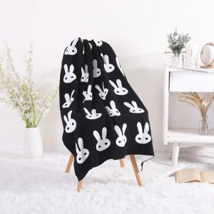 Venta al por mayor 100% algodón orgánico bebé manta de punto cuna que recibe la manta con patrón de conejito