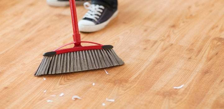 what is the best way to clean vinyl plank flooring