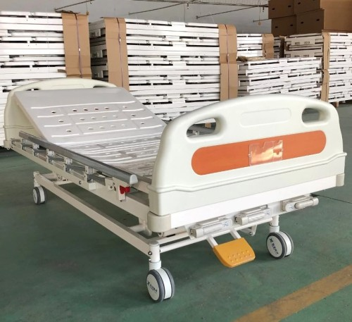 Top-Grade Manual Hospital Three Functions Adjustable Patient Bed