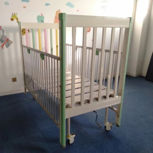 Medical Manual One Crank Paediatric Bed for Children