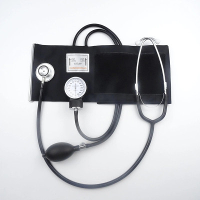Professional European Type Non-Fluid Aneroid Sphygmomanometer