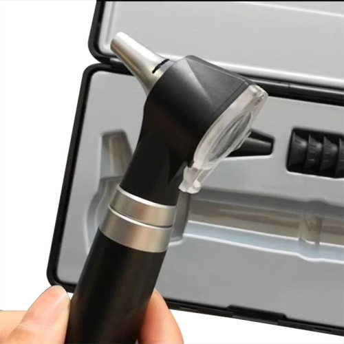 Medical Small View Fiber Optic Otoscope with LED Light