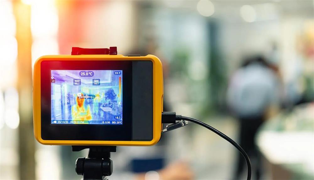 طريقة صيانة كاميرا الأشعة تحت الحمراء