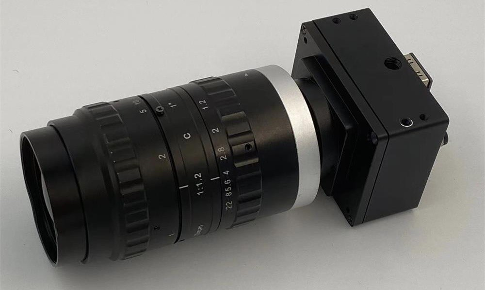 the working principle and components of infrared night vision cameras