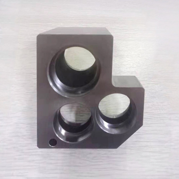 カスタムMC機械部品加工、高精密フライス切削加工、ワイヤカット加工