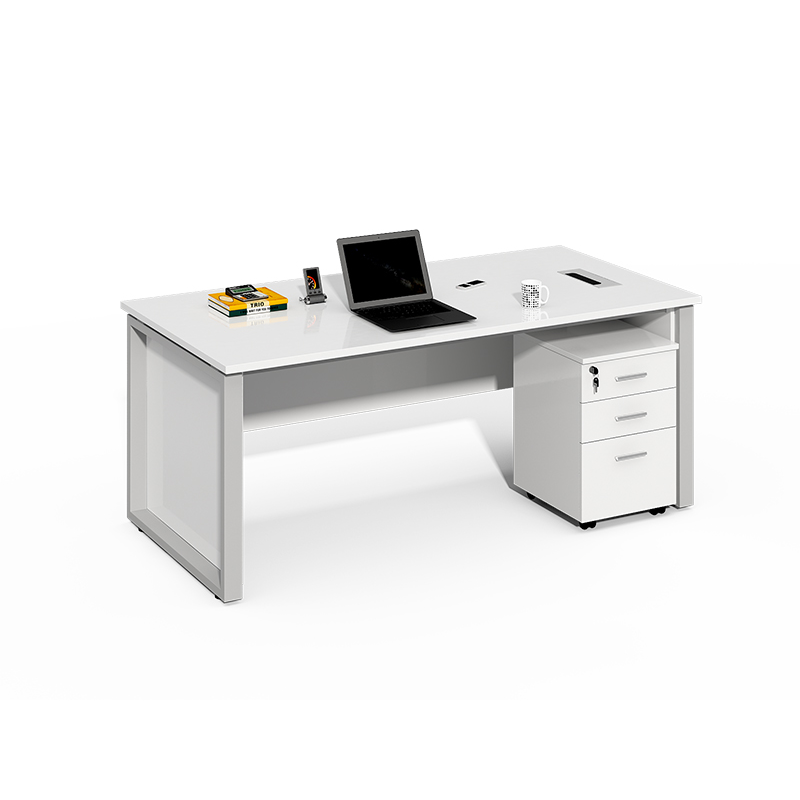 Double Sided 4 Person Workstation with Screens WS